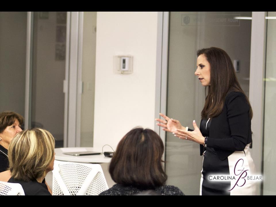 ¿Cómo manejar mi imagen personal y profesional? Carolina Bejar nos ayuda a comprenderlo